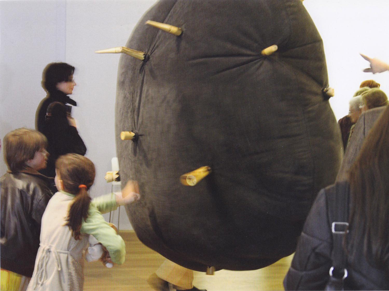 Fol na exposición Urbanitas no MARCO de Vigo